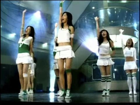 少女時代の手を上げるダンス