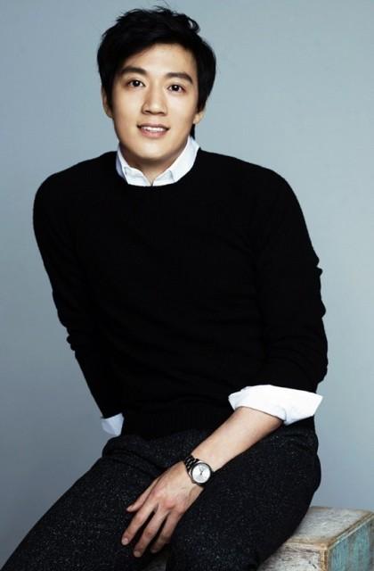 キム·レウォン