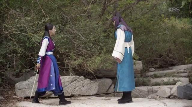 ソヌ(パク・ソジュン)、スクミョン(ソ・イェジ)と強烈な初対面