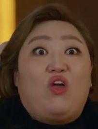 박준면---パク・ジュンミョン/パク社長妻役